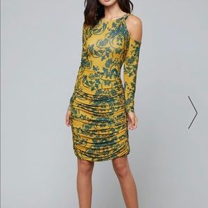 Printed knot detail ruched dress from bebe
